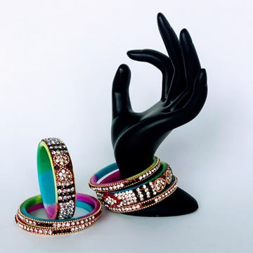 Picture of Maroon and Green Bangle