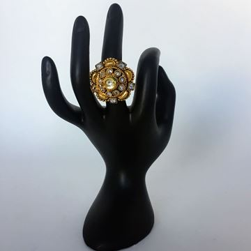 Picture of Golden traditional ring