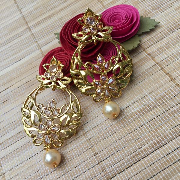 Picture Of Traditional Gold Design Earring