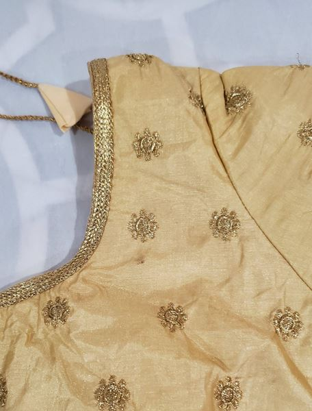 Picture of Golden blouse