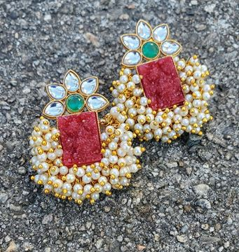 Picture of Maroon Gajra Earring
